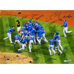 2016 Chicago Cubs Team Signed Chicago Cubs 2016 World Series Celebration 16×20 Photo (26 Sigs)